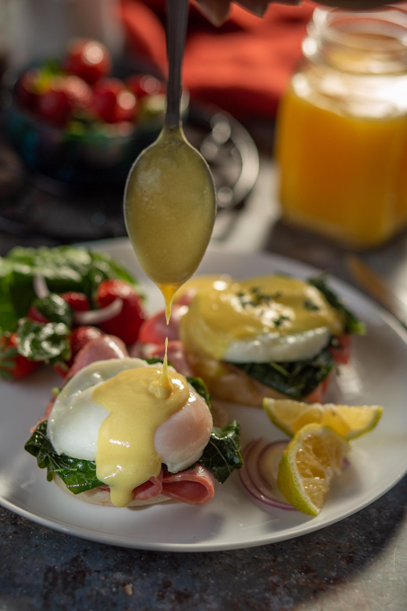 Eggs Benedict with Smoked Deli Slices